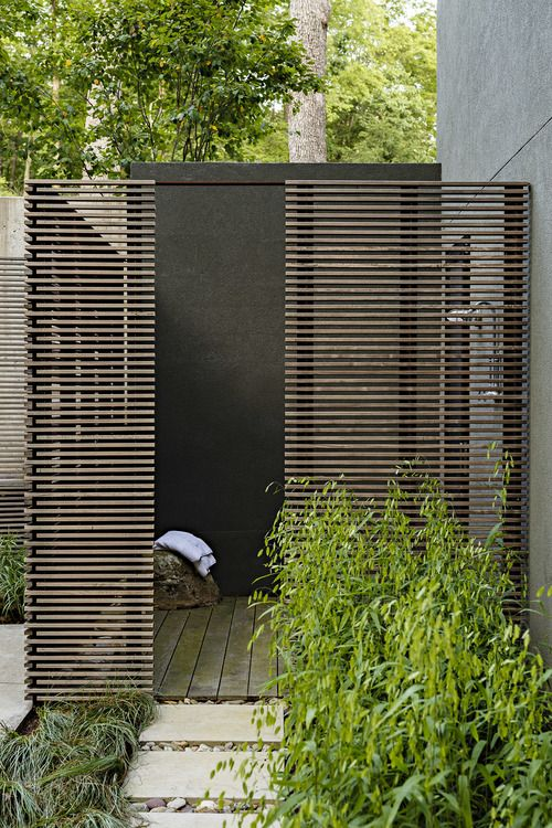 Turkey Saddle / Grounded - Landscape architecture & design // outdoor_shower_ipe_screen
