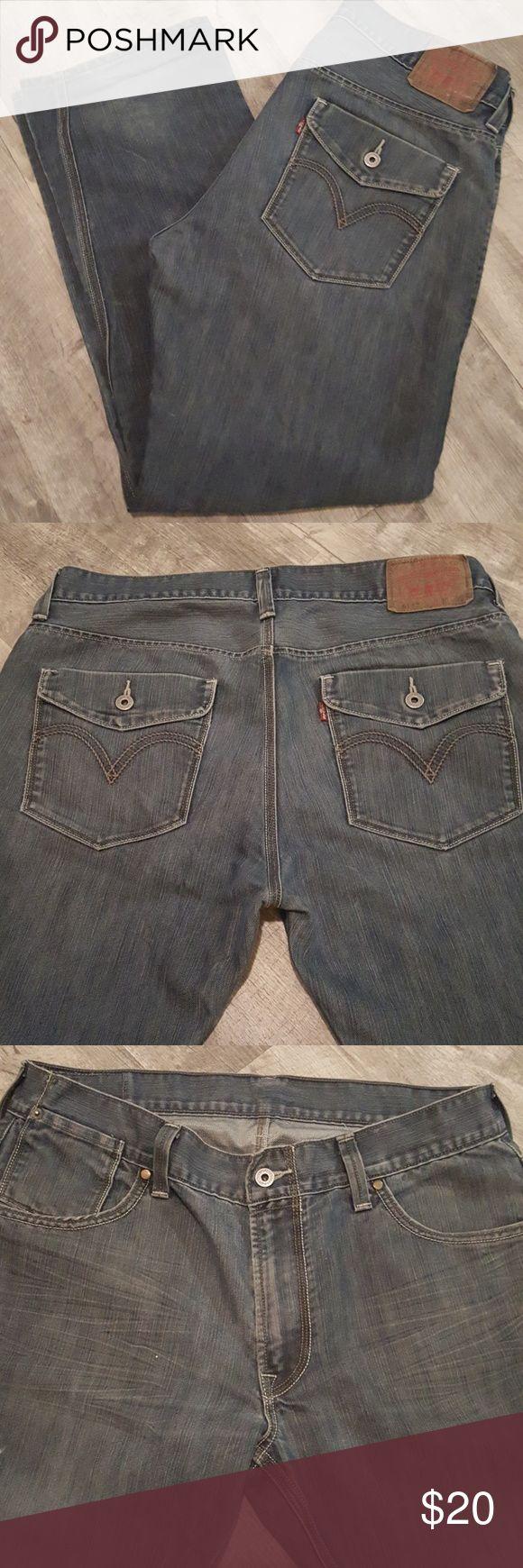 Men's Levi's 514 jeans W36, L30 SALE!!! Distressed Levi's 514 men's jeans waist 36, length 30 with pocket detail. Excellent condition! Levi's Jeans Slim Straight