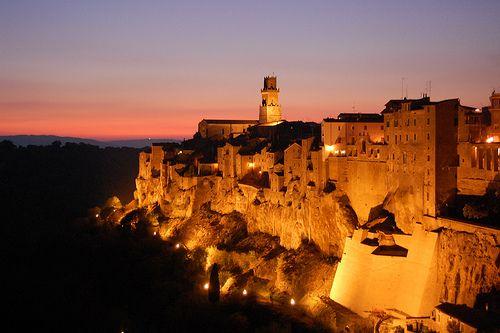 Pitigliano by Night, Toscana