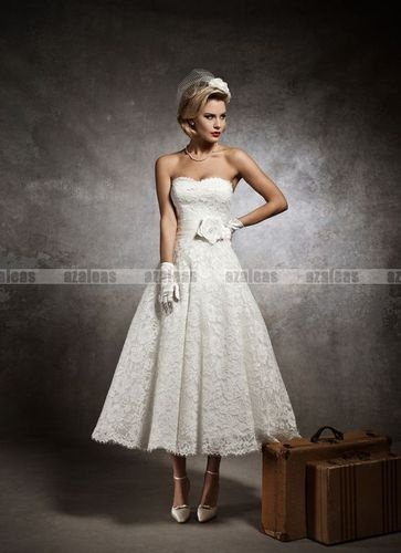wow look at this lace dress and I love the length.