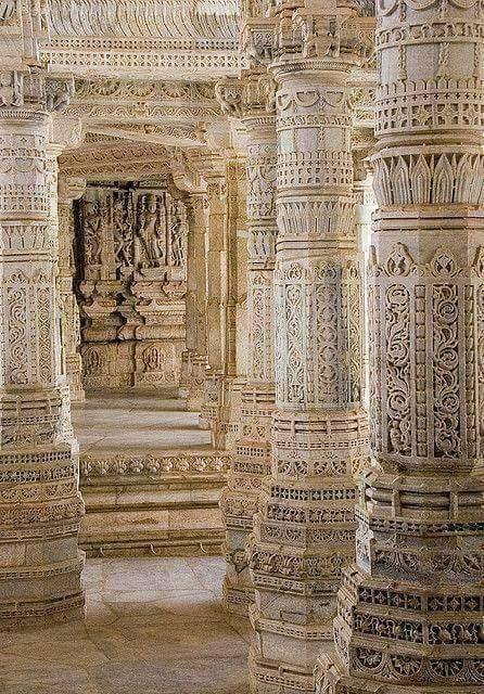 touch the earth : White pillars in Ranakpur.
