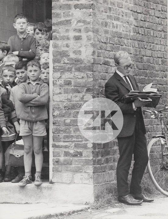TINTIN Jean-Pierre TALBOT Hergé Enfants Vélo Cinéma Tournage Photo 1963