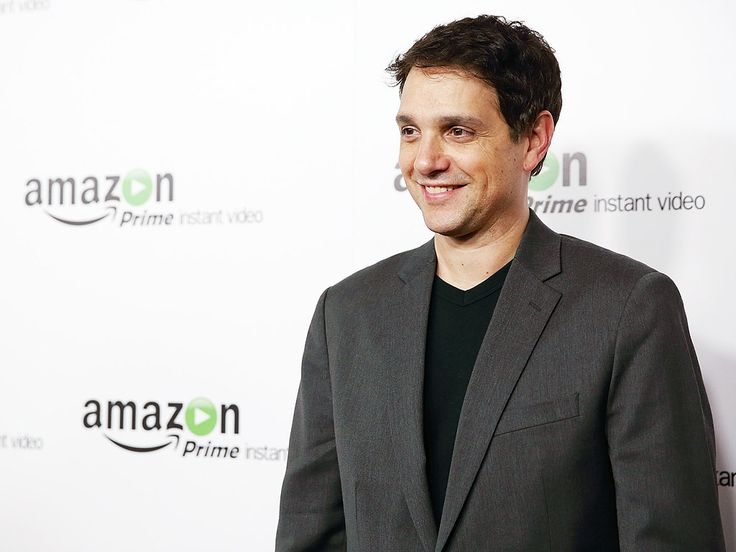 Ralph Macchio's Daughter Loves Watching Him Get Beat Up in The Karate Kid http://www.people.com/article/ralph-macchio-talks-karate-kid