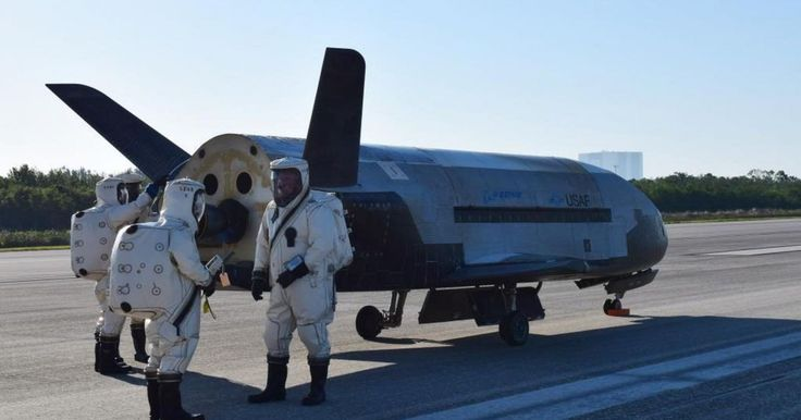 SpaceX will launch the Air Force's top secret space plane in August