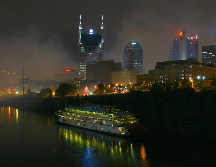 Our Best Tips For Viewing the Nashville Fireworks Show on the 4th of July