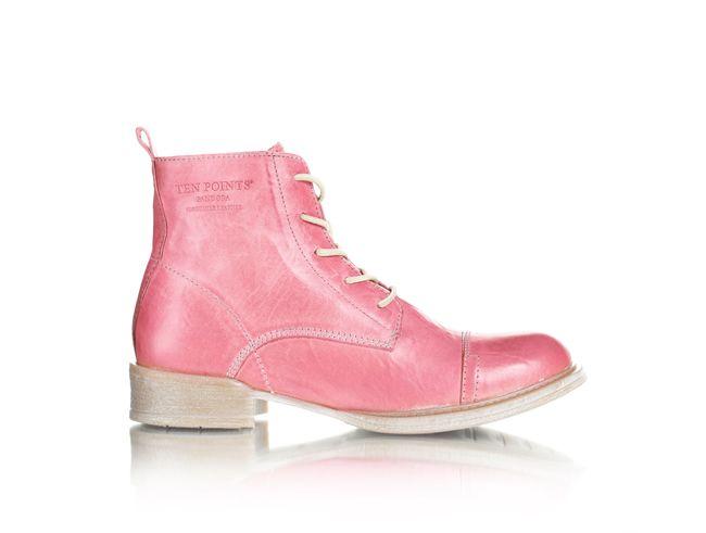 Ten Points Sweden - pink brogues!