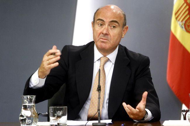 El globo sonda de Luis de Guindos que quiere abrir el debate de la rebaja salarial - http://plazafinanciera.com/economia/espana/el-globo-sonda-de-luis-de-guindos-que-quiere-abrir-el-debate-de-la-rebaja-salarial/ | #Competitividad, #Deflación, #Empleo, #LuisDeGuindos, #Paro #España