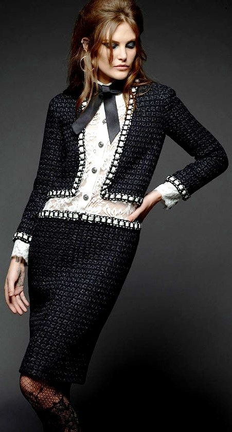 Catherine McNeil by Karl Lagerfeld for CHANEL Paris in Rome 2015-16 Métiers d'Art