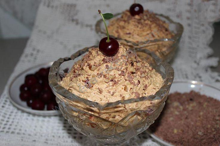 Нежнейший сливочно-ореховый крем с вишней и шоколадом