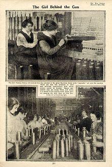 Radnice u britanskoj tvornici oružja,  1915. godina.