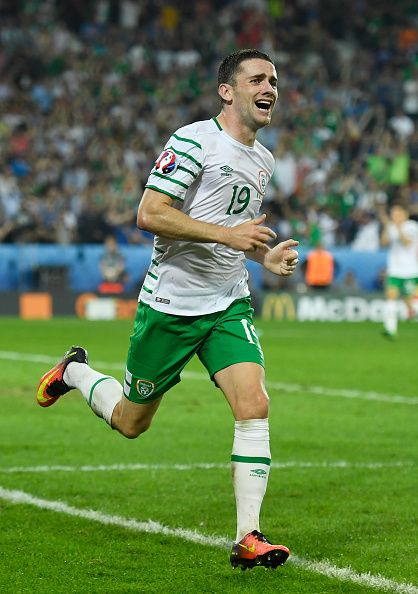 #EURO2016 Robbie Brady of Republic of Ireland celebrates scoring his team's first goal during the UEFA EURO 2016 Group E match between Italy and Republic of...