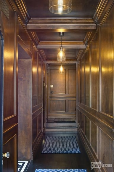 Oh you want fabulous floor to ceiling dark wood? Jeff Lewis has fabulous floor to ceiling dark wood. Gramercy really is his dream home.