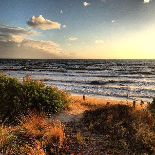 Beautiful autumn day at Henly Beach, South Australia..#Australia     by elias_arco (instagram)