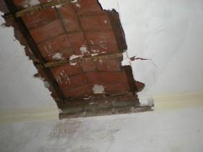 Otro techo caído