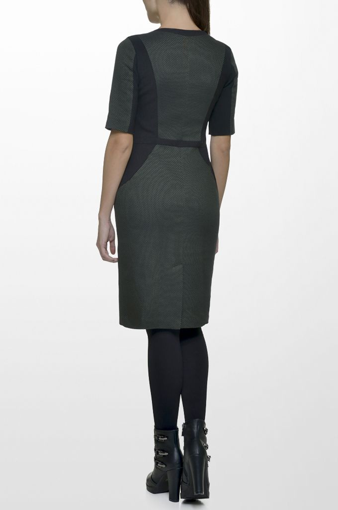 Sarah Lawrence - short sleeve dress with combination of two fabrics.