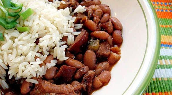 Arroz, feijão, bife e batata-frita tiveram alta nos preços em 2015    O tradicional pr...