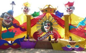 Goa Carnival- The colourful Goa Carnival could be really an amazing experience. The large crowd at old Goa wearing attractive and colourful masks, singing performances at the carnival and the churches decorated make Goa come sparkling and energetic. During the festival, the streets come blooming with parades, masked dances, floats and thrilling music. It climaxes with the formal ball party in Panaji in Red and Black Dress code.