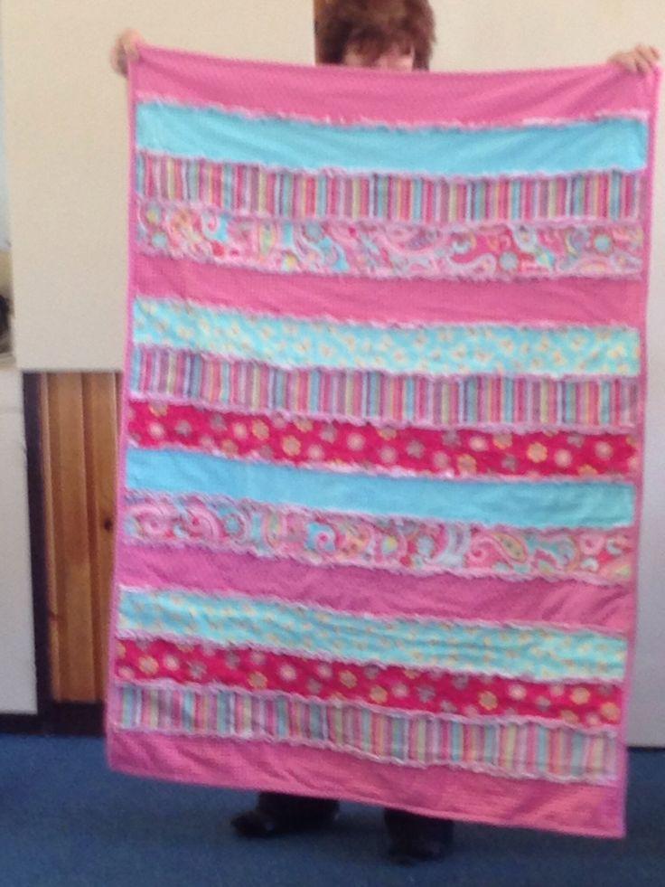 Lorraine's horizontal shaggy quilt .