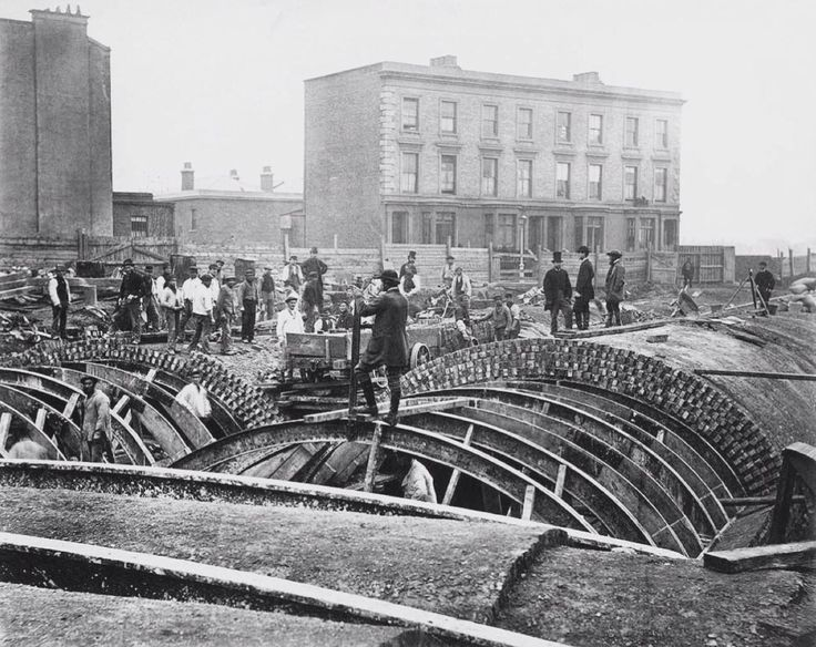 C1866 - the Metropolitan Line begins to take shape using a method known as 'cut and cover'
