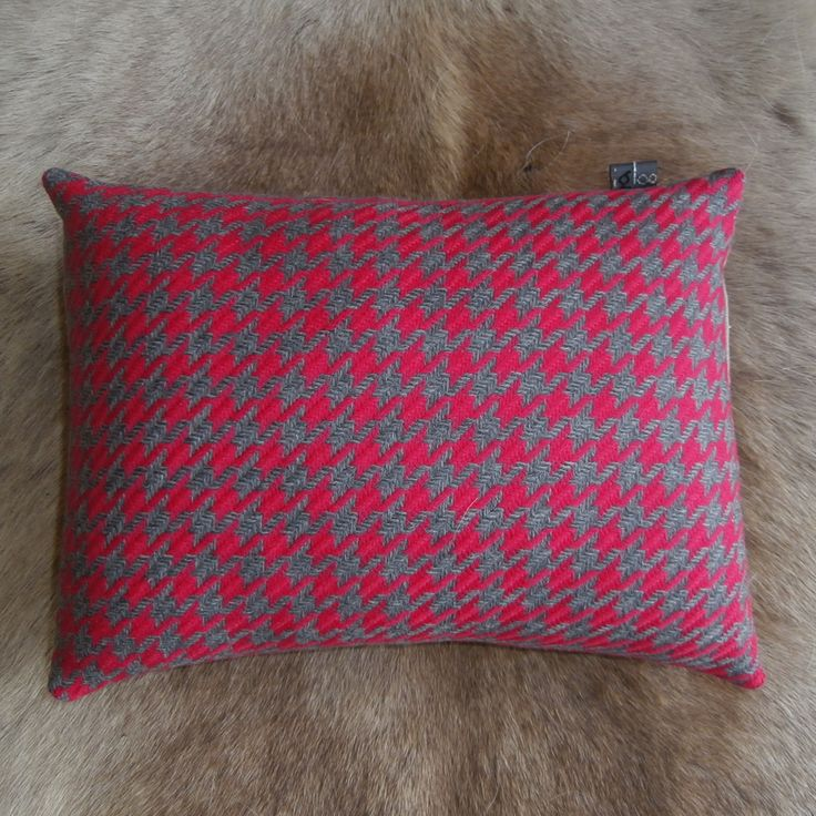 Hounds Tooth in Pink & Grey Wool cushion with linen back. So soft! https://www.facebook.com/IglooHome