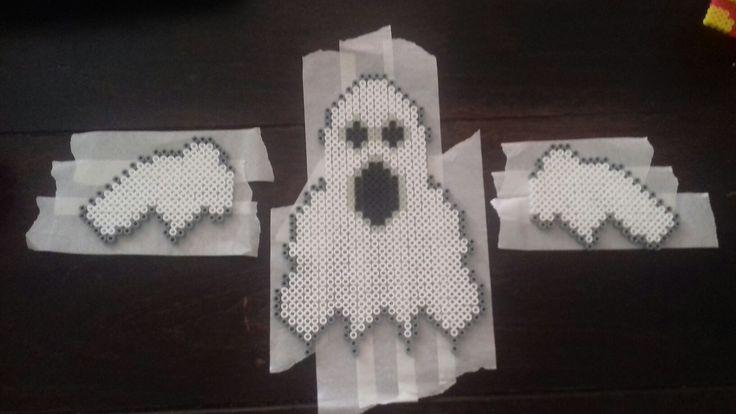 Hama perler beads halloween ghost  Made by Yvonne DK