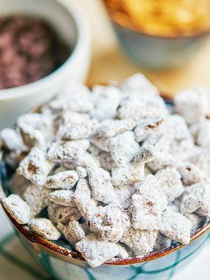 This is the best puppy chow recipe! Now, I know you probably just rolled your eyes, because who doesn't know how to make puppy chow?! Here's the thing. Most people don't make it right! In my recipe, the ingredients are the same, so what makes my puppy chow even better? The ratio! More chocolate, more peanut butter, more powdered sugar! showmetheyummy.com #puppychow #muddybuddies #recipe #chocolate #peanutbutter #snacks