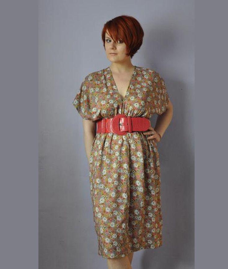 Bettinael.Passion.Couture.Made in france: Robe facile à faire, Couture.facile / diy https://fr.pinterest.com/bettinael/happy-diy-couture/C'est juste 4 rectangles