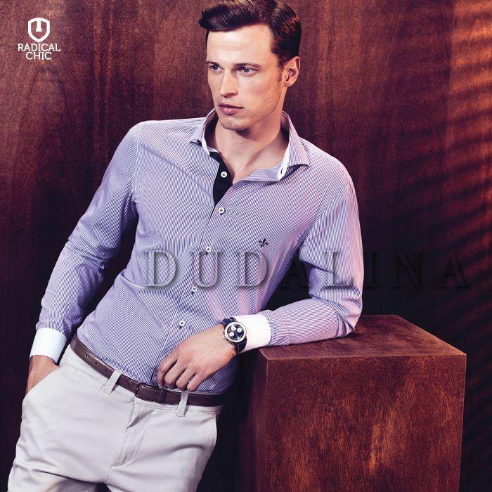 As roupas masculinas da Dudalina são aquele tipo de de roupa que exala elegância e estilo em cada detalhe. Estampas, listras e cortes ideias para o homem que quer se vestir bem. #RadicalChic #Dudalina #ModaMasculina #Ipatinga #ValeDoAço