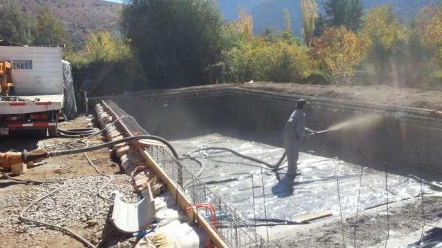 Shotcrete PISCINAS y bombeo de Hormigón, ESTUCO proyectado  Shotcrete para piscinas, canales, taludes y fortifica ..  http://santiago-city-2.evisos.cl/shotcrete-y-bombeo-de-hormigon-id-573554