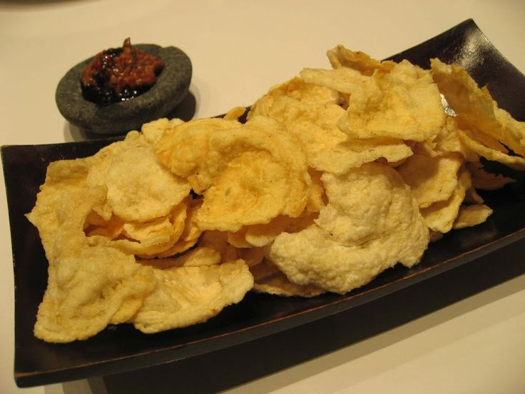 Emping Melinjo Goreng. Indonesian Fried Paddy Oats Crackers