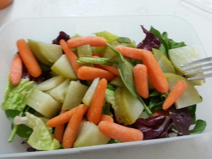 Ensalada de espinacas y lechuga con col morada chayote y - Ensalada de apio y zanahoria ...