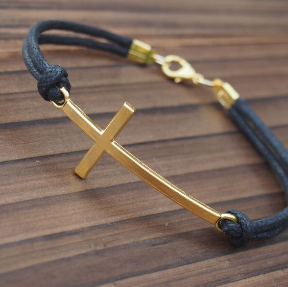Cross bracelet in gold for men wholesale online quality for Wholesale leather craft supplies