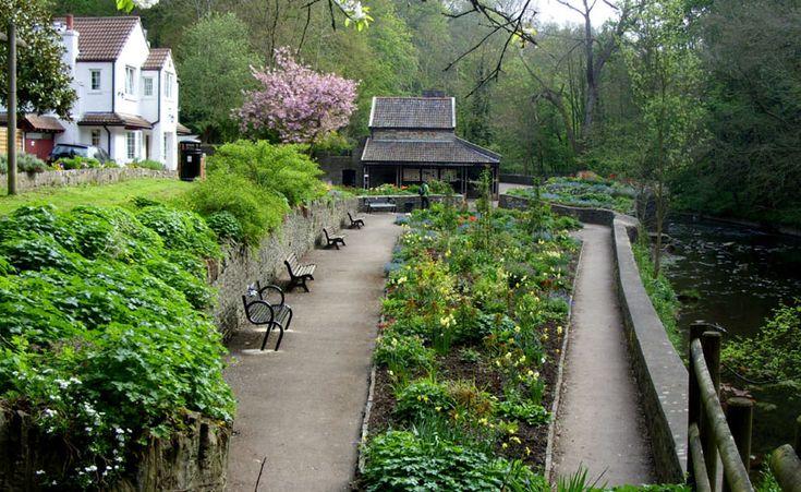 Snuff Mills Gardens