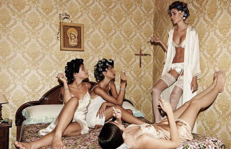 B4 technology when all we had was God, hair rollers, old wallpaper n great lingerie!  :)