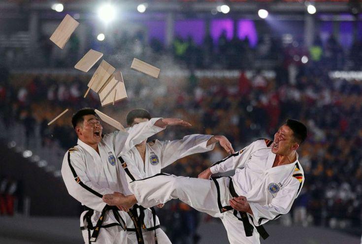 Seoul mayor calls joint Korean taekwondo performances a sensation