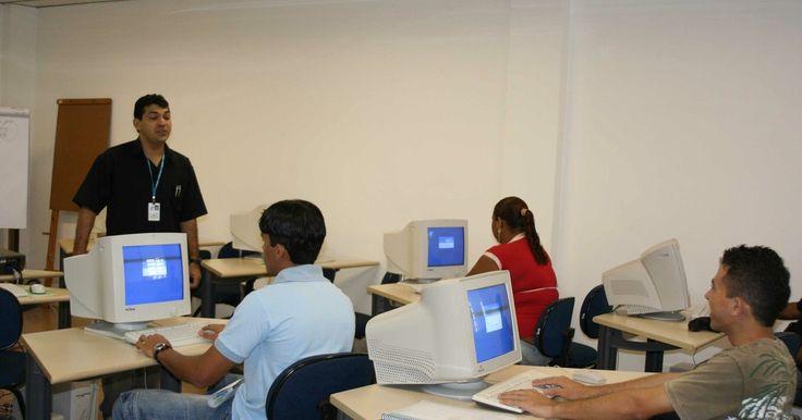 Em Fortaleza, Cagece abre 105 vagas em cursos profissionalizantes