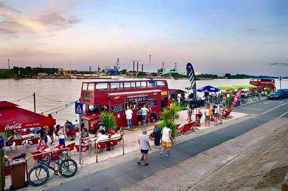 Nekünk a Duna-part a riviéra – A 4+1 kedvenc dunai helyünk Budapesten   GastroGuide