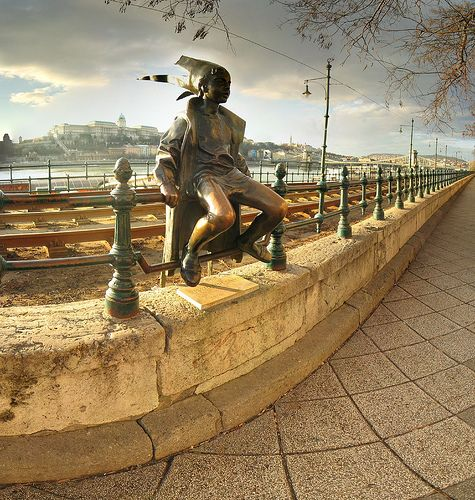 Google képkeresési találat: http://www.octogon.hu/uploads/epiteszethonapja/budapest/budapest_hatarok_nelkul/Panorama.jpg