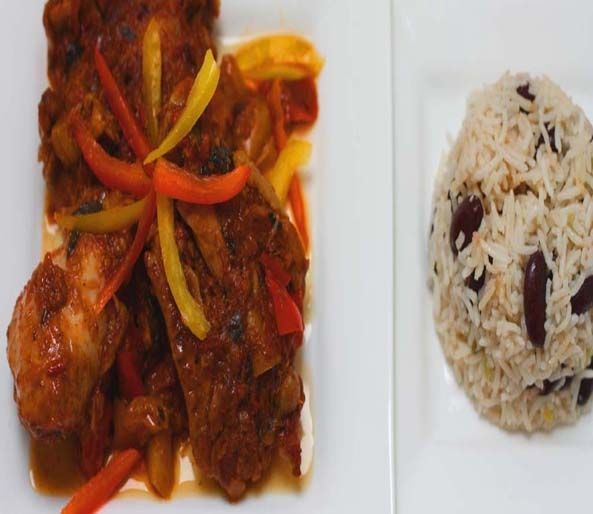 Caribbean Chicken with Rice  This is such a fantastic and flavoursome dish. Every time I cook this dish, it takes me back to our Caribbean holidays where food was such a pleasure to eat.  #recipe #food #cooking #rice