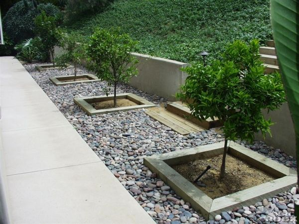 arizona river rock flower beds landscaping ideas. Black Bedroom Furniture Sets. Home Design Ideas