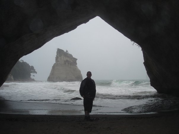 Cathedral Cove in the rain