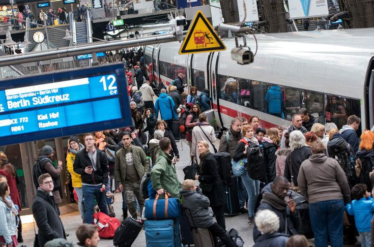 Ticket increases for next year were announced by Deutsche Bahn on Monday. While the prices are rising moderately overall, the new high speed line between Berlin and Bavaria won't be cheap.