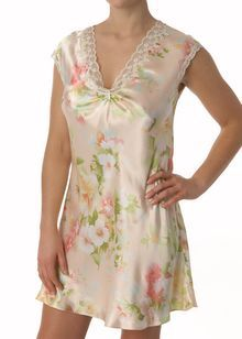 Spring romance v-neck chemise  http://www.comparestoreprices.co.uk/lingerie-and-nightwear/oscar-de-la-renta-pink-label-spring-romance-v-neck-chemise.asp