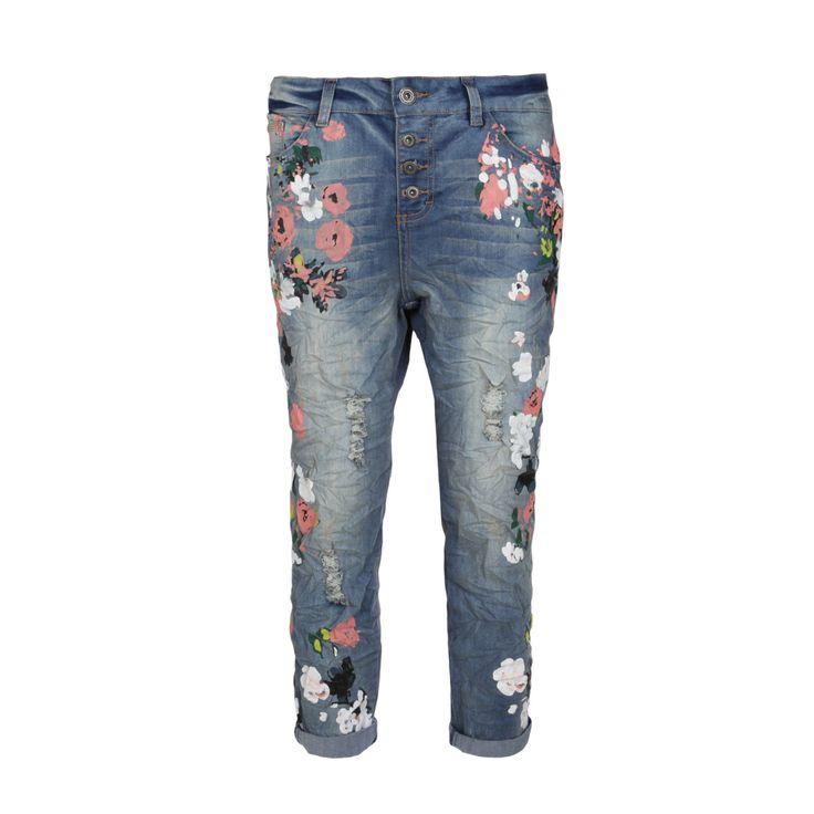 Boyfriend-Jeans für Damen von Rock Angel | Fashion5 #flowers #print #jeans #denim #flowerprint #boyfriend