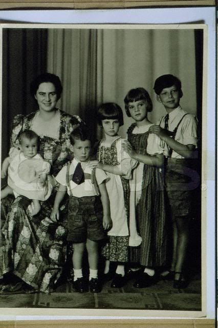And then with there were five. Archduchess Ileana of Austria, nee Princess Ileana of Romania, with her almost complete family in 1940. Left to right: Archduchess Maria Magdalena, Archduke Dominic, Archduchess Alexandra, Archduchess Maria Ileana, and Archduke Stefan. Archduchess Elisabeth would complete the family 2 years later.
