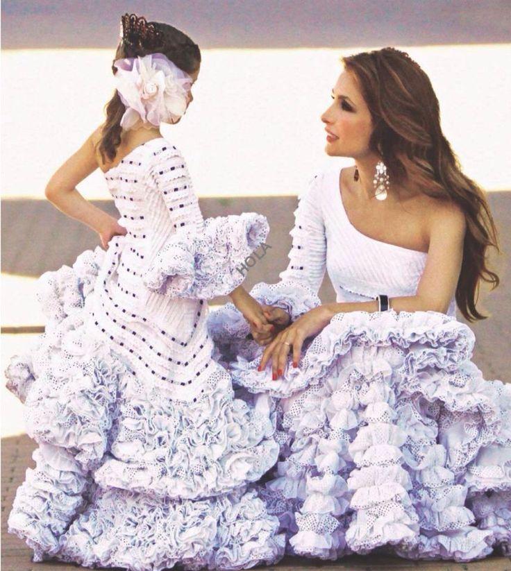 Paloma Cuevas & Daughter