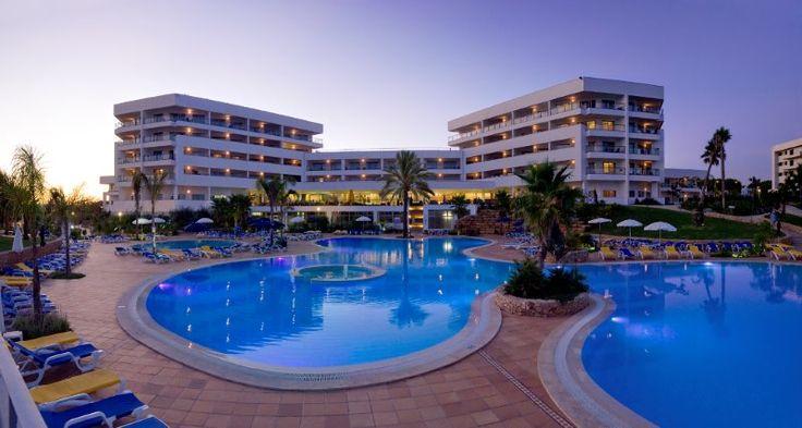 Alfagar Aparthotel pool by night