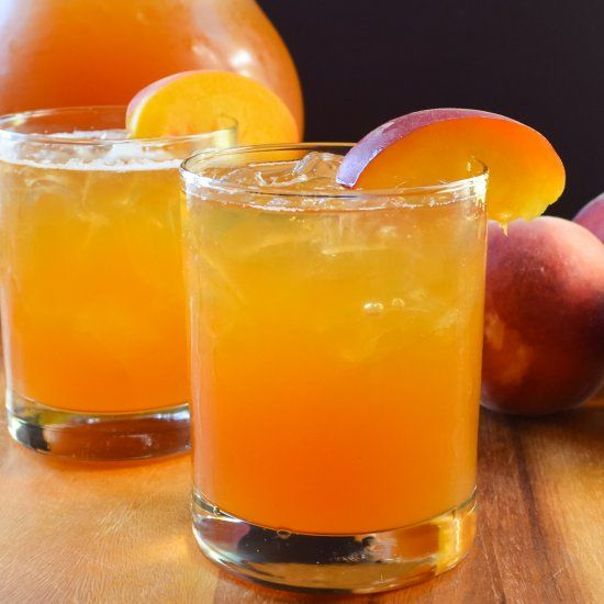 Peach Whiskey Iced Tea is the perfect cocktail for a hot day!