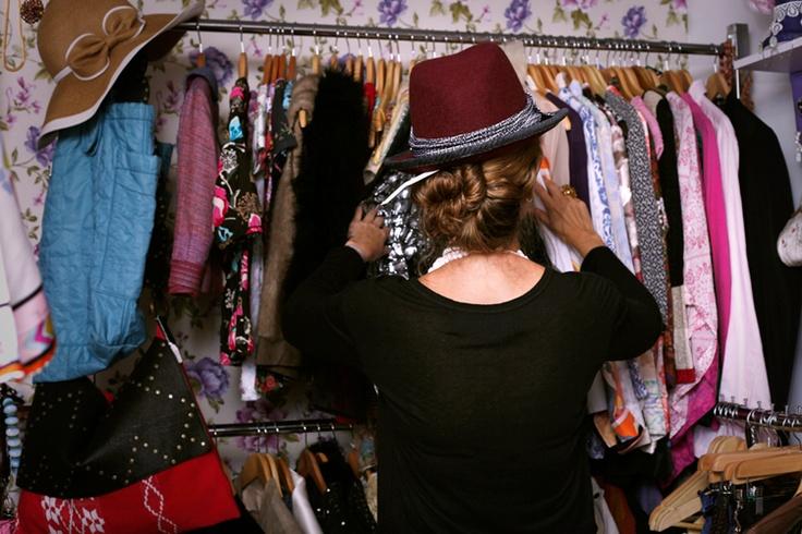 The Vintage Shop _ Una de las grandes fuerzas estilísticas de Gloria está en su aguda mirada a la hora de comprar.