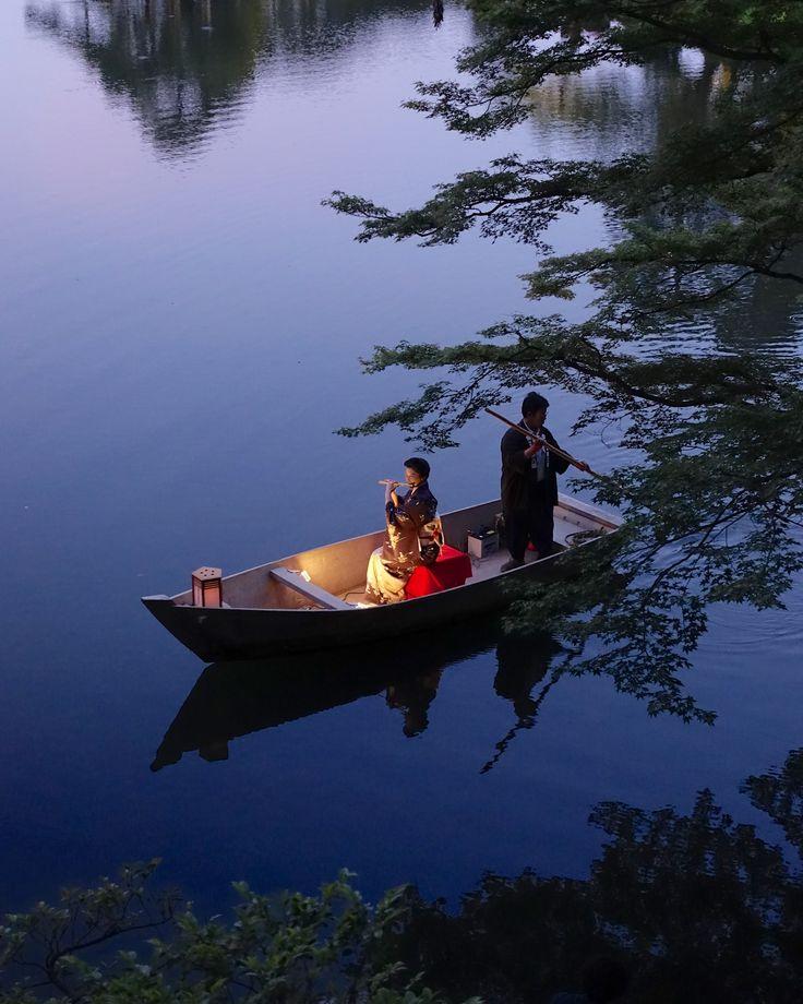 百万石まつり当日の夕暮れ、兼六園で開催される藤舎眞衣さんの笛の演奏会。毎年夢の様な光景。